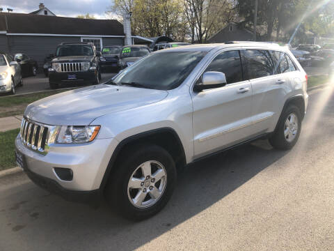 2013 Jeep Grand Cherokee for sale at CPM Motors Inc in Elgin IL