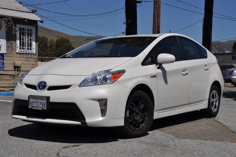2015 Toyota Prius for sale at AMC Auto Sales, Inc. in Fremont CA