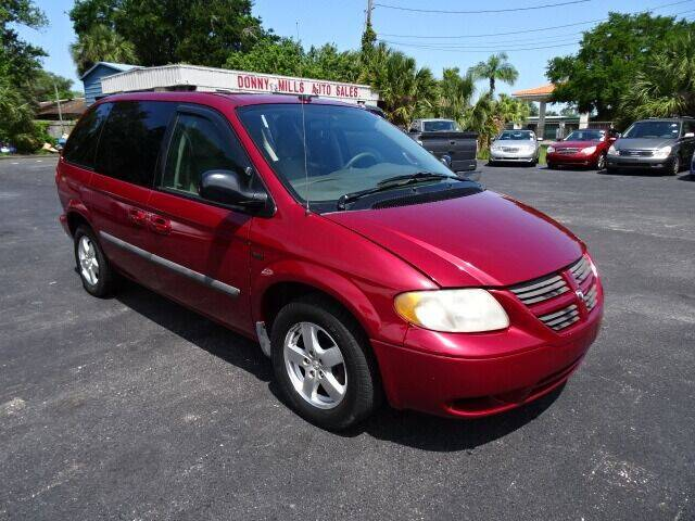 2005 Dodge Caravan for sale at DONNY MILLS AUTO SALES in Largo FL