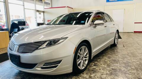 2014 Lincoln MKZ for sale at TOP YIN MOTORS in Mount Prospect IL