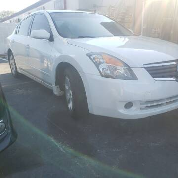 2009 Nissan Altima for sale at 4 Guys Auto in Tampa FL