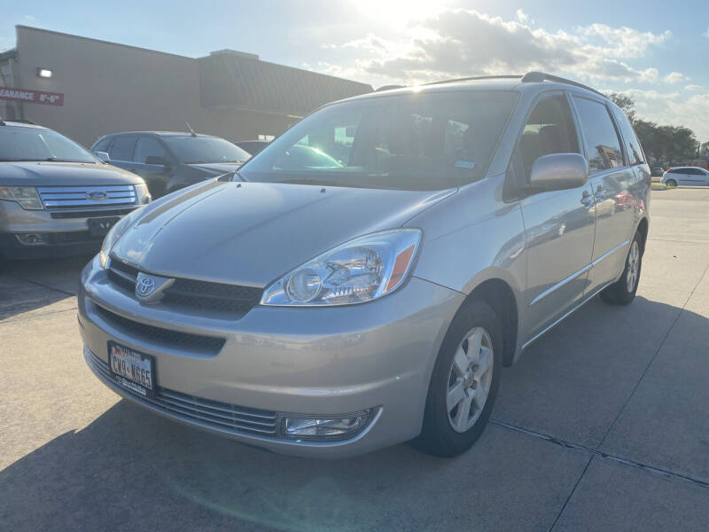 2004 Toyota Sienna for sale at Houston Auto Gallery in Katy TX
