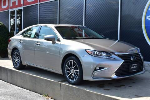 2017 Lexus ES 350 for sale at Alfa Romeo & Fiat of Strongsville in Strongsville OH