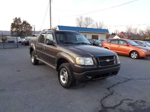 2005 Ford Explorer Sport Trac for sale at Supermax Autos in Strasburg VA