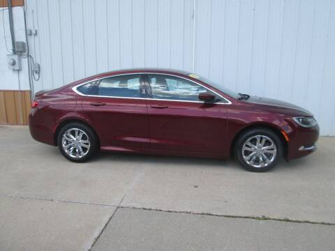 2016 Chrysler 200 for sale at Parkway Motors in Osage Beach MO