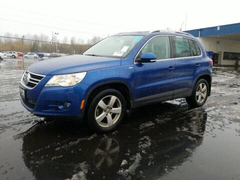 2010 Volkswagen Tiguan for sale at A.I. Monroe Auto Sales in Bountiful UT