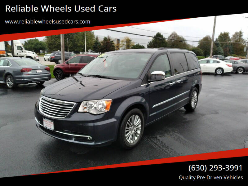 2013 Chrysler Town and Country for sale at Reliable Wheels Used Cars in West Chicago IL