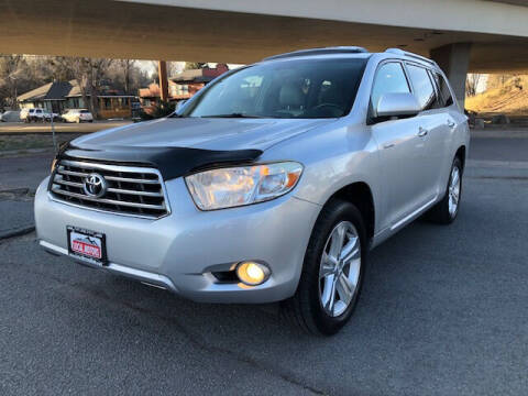 2010 Toyota Highlander for sale at Local Motors in Bend OR