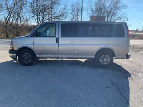 2003 Chevrolet Express Passenger for sale at Elite Auto Plaza in Springfield IL