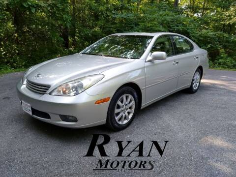 2004 Lexus ES 330 for sale at Ryan Motors LLC in Warsaw IN