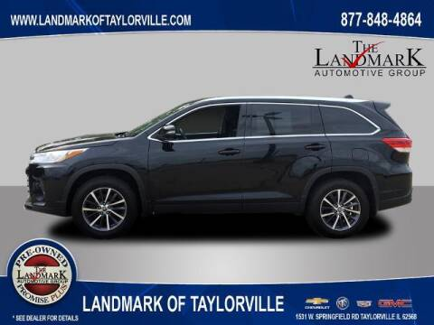 2019 Toyota Highlander for sale at LANDMARK OF TAYLORVILLE in Taylorville IL