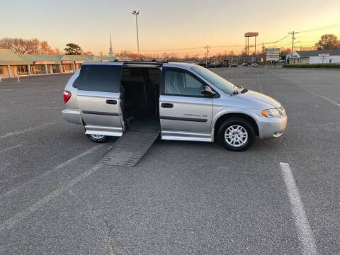 2005 Dodge Grand Caravan for sale at BT Mobility LLC in Wrightstown NJ