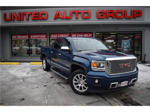2015 GMC Sierra 1500 for sale at United Auto Group in Putnam CT