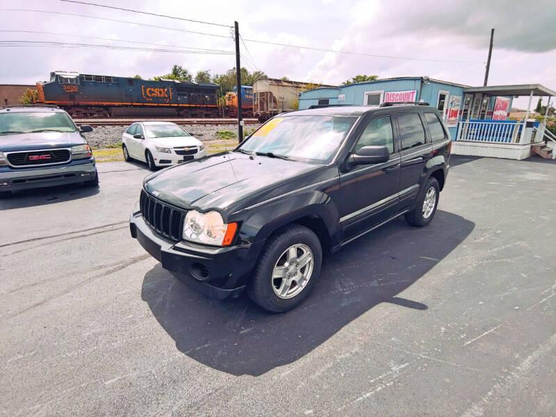 2005 Jeep Grand Cherokee for sale at DISCOUNT AUTO SALES in Murfreesboro TN