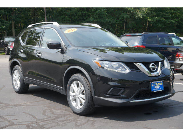 2016 Nissan Rogue for sale at VILLAGE MOTORS in South Berwick ME