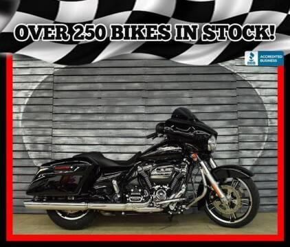 2017 Harley-Davidson Street Glide for sale at Motomaxcycles.com in Mesa AZ