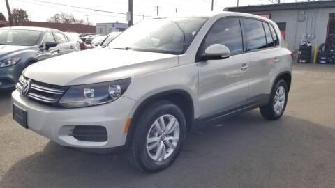 2013 Volkswagen Tiguan for sale at LA Motors LLC in Denver CO