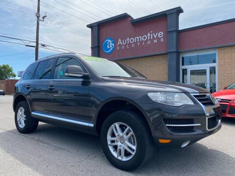 2008 Volkswagen Touareg 2 for sale at Automotive Solutions in Louisville KY