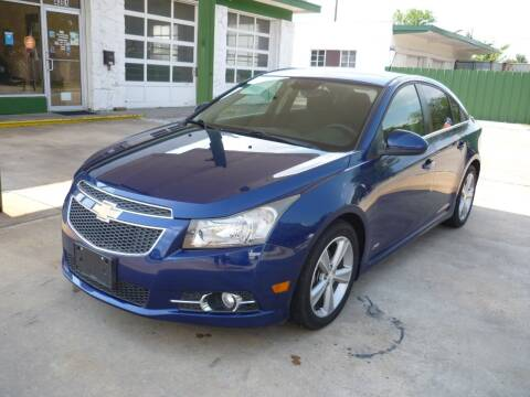 2013 Chevrolet Cruze for sale at Auto Outlet Inc. in Houston TX