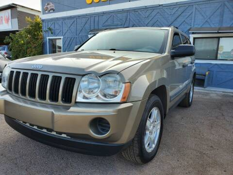2005 Jeep Grand Cherokee for sale at Used Car Showcase in Phoenix AZ