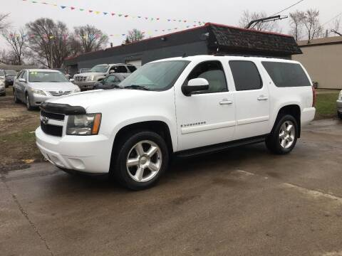 2007 Chevrolet Suburban for sale at A & J AUTO SALES in Eagle Grove IA