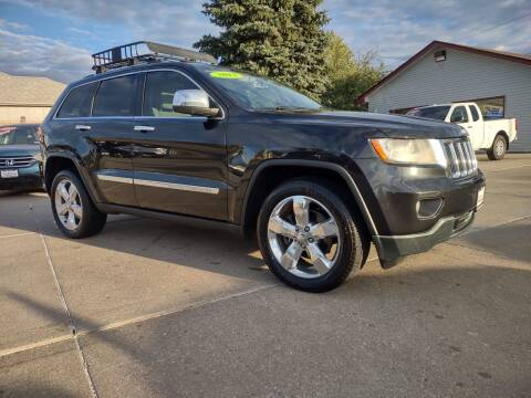 2013 Jeep Grand Cherokee for sale at Triangle Auto Sales in Omaha NE