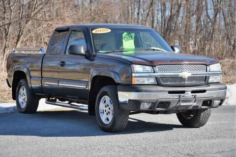 2005 Chevrolet Silverado 1500 for sale at Car Wash Cars Inc in Glenmont NY