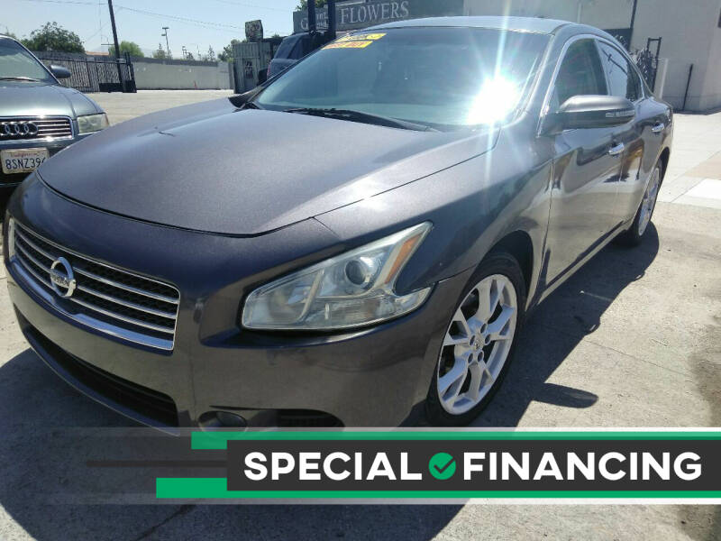 2013 Nissan Maxima for sale at ZOOM CARS LLC in Sylmar CA