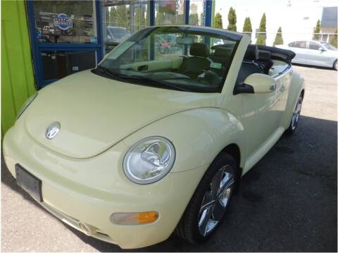 2004 Volkswagen New Beetle Convertible for sale at Klean Carz in Seattle WA