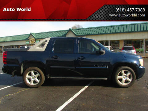 2007 Chevrolet Avalanche for sale at Auto World in Carbondale IL