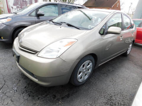 2005 Toyota Prius for sale at WOOD MOTOR COMPANY in Madison TN