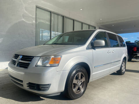 2008 Dodge Grand Caravan for sale at Powerhouse Automotive in Tampa FL