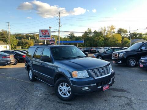 2004 Ford Expedition for sale at KB Auto Mall LLC in Akron OH