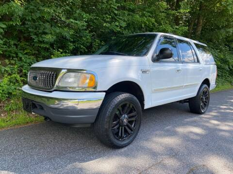 2000 Ford Expedition for sale at Lenoir Auto in Lenoir NC