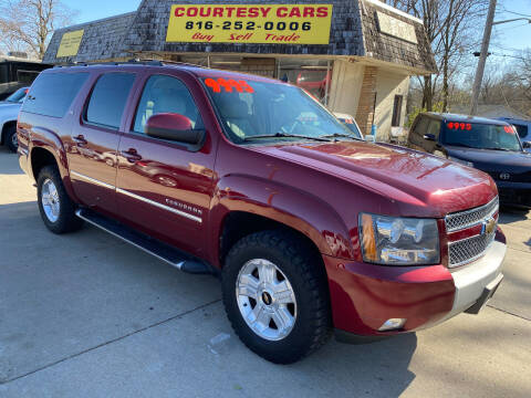 2011 Chevrolet Suburban for sale at Courtesy Cars in Independence MO