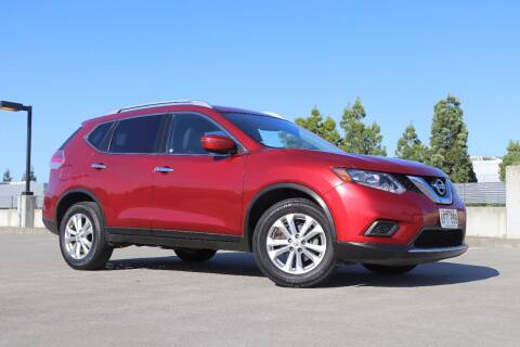 2016 Nissan Rogue for sale at La Familia Auto Sales in San Jose CA