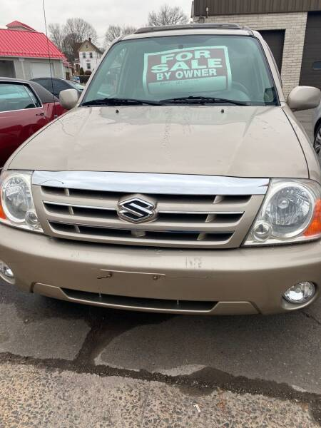2004 Suzuki XL7 for sale at Story Brothers Auto in New Britain CT