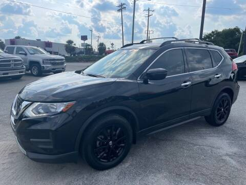 2017 Nissan Rogue for sale at Modern Automotive in Boiling Springs SC
