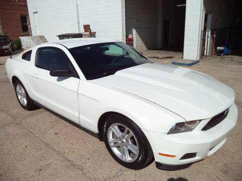 2010 Ford Mustang for sale at Apex Auto Sales in Coldwater KS