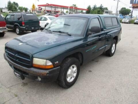 1998 Dodge Dakota for sale at King's Kars in Marion IA
