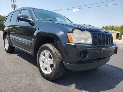 2006 Jeep Grand Cherokee for sale at Thornhill Motor Company in Lake Worth TX
