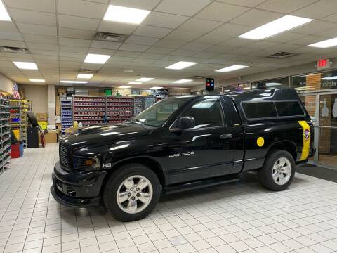 2005 Dodge Ram Pickup 1500 for sale at FIESTA MOTORS in Hagerstown MD