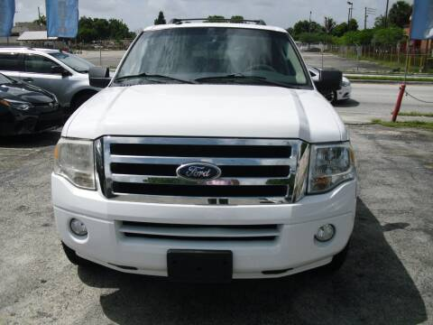 2011 Ford Expedition EL for sale at SUPERAUTO AUTO SALES INC in Hialeah FL