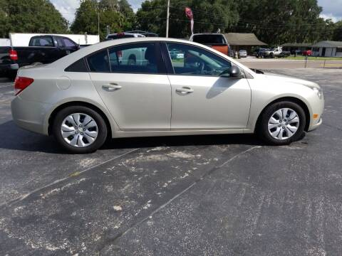 2014 Chevrolet Cruze for sale at BSS AUTO SALES INC in Eustis FL