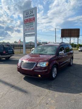 2008 Chrysler Town and Country for sale at US 24 Auto Group in Redford MI