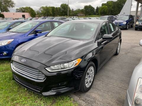 2014 Ford Fusion for sale at Lakeshore Auto Wholesalers in Amherst OH