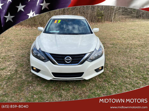 2017 Nissan Altima for sale at Midtown Motors in Greenbrier TN