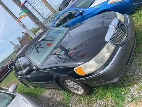 1999 Lincoln Town Car for sale at Trocci's Auto Sales in West Pittsburg PA