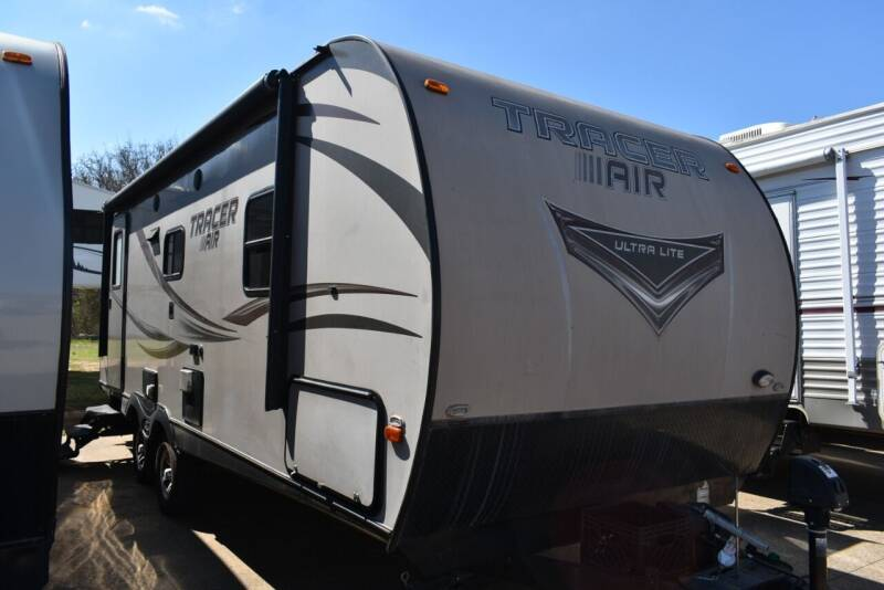 2016 Forest River Tracer 235RB for sale at Buy Here Pay Here RV in Burleson TX