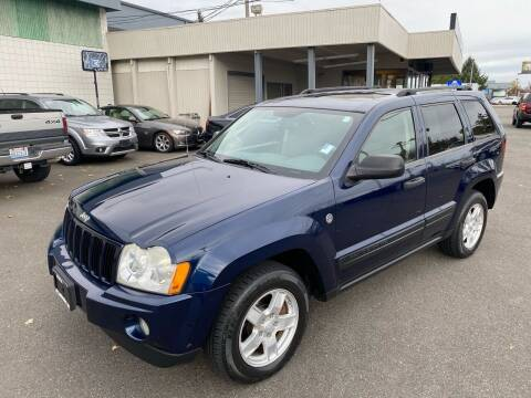 2005 Jeep Grand Cherokee for sale at Vista Auto Sales in Lakewood WA